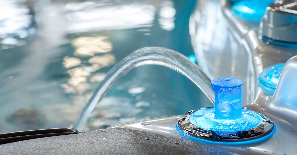 Чистая вода в джакузи Wellis Everest