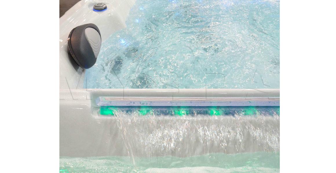 Чистая вода в Wellis Explorer Deluxe