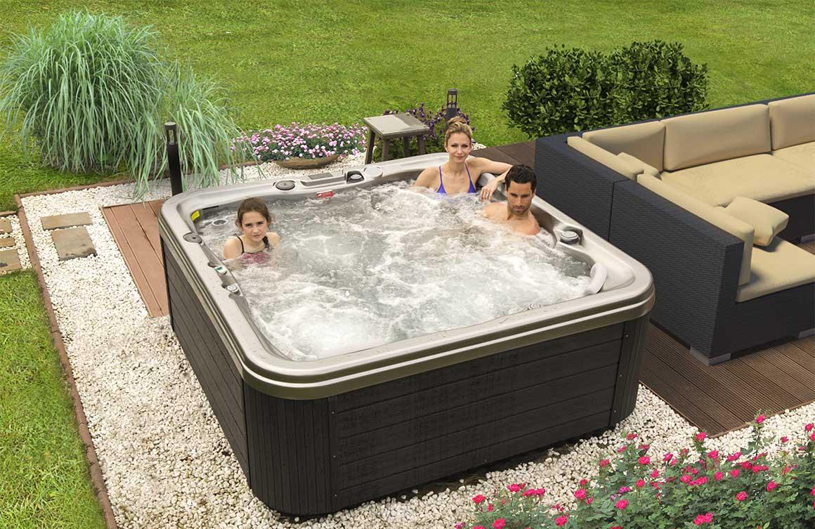 Семейный отдых в СПА-бассейне Wellis