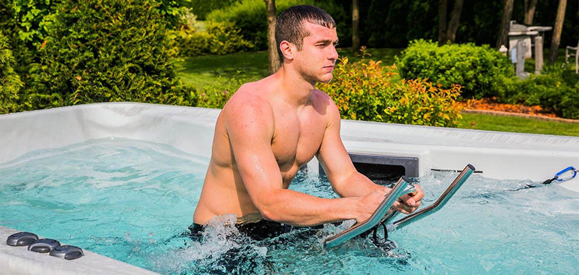 Спортивные тренировки в СПА-бассейне Wellis